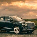 ベンテイガに、SUVリムジンとしてのポテンシャルを高めたモデルがデビュー|Bentley