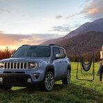 ジープ レネゲードにボディカラー「ストレートブルー」の名を冠した限定車|Jeep®