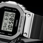 石川 遼選手との初コラボレーションモデル「GM-5600RI20」が登場|G-SHOCK