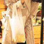 コンビニ袋の意匠を普段遣いのバッグに昇華したショッピングバッグ|amabro