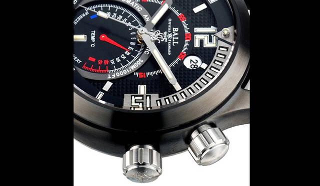<strong>Ball Watch|ボール・ウォッチ</strong> エンジニアマスター&#08545; ダイバーTMT。300m防水の屈強なダイバーズスペックに加え6時位置には機械式温度計を装備。