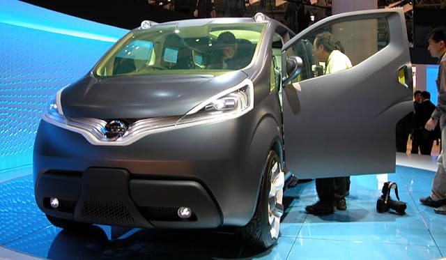 日産のコンセプトカー「NV200」。ビジネスのプロフェッショナルにふさわしい新世代のビジネスツールを標榜する、小型商用コンセプトカー。