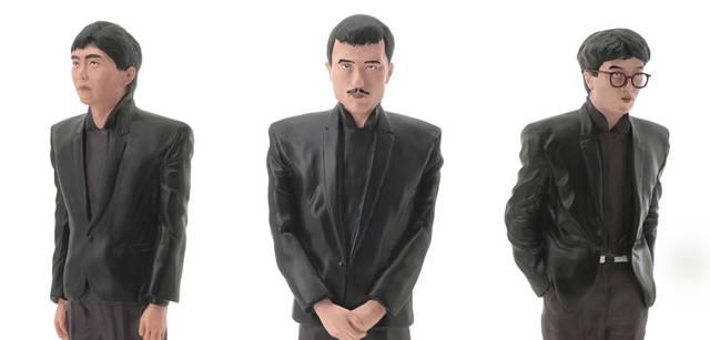 <br>アルバム『X∞増殖』のジャケットに使用されたプロップを忠実に再現したフィギュアセット。2008年2月発売予定、2万9400円