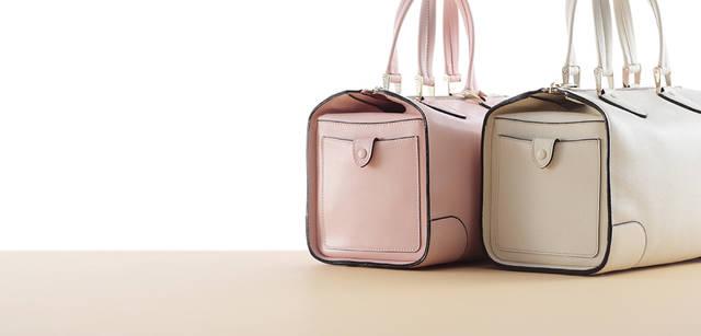 ハンドバッグ『ボストン』ともに15万7500円 ※タイトルに入っている「Nero e Bianco」は現在販売を中止しております。