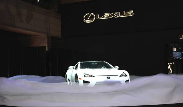 <em>LEXUS LFA|レクサス LFA</em>
