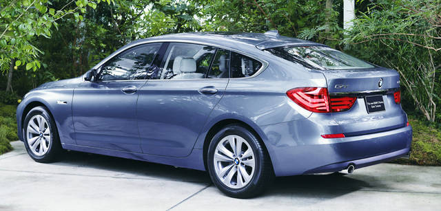 New BMW GRAN TURISMO|ニュー BMW グランツーリスモ セダンとクーペとSAV(スポーツアクティビティビークル)を融合させたかのような優美なエクステリア。