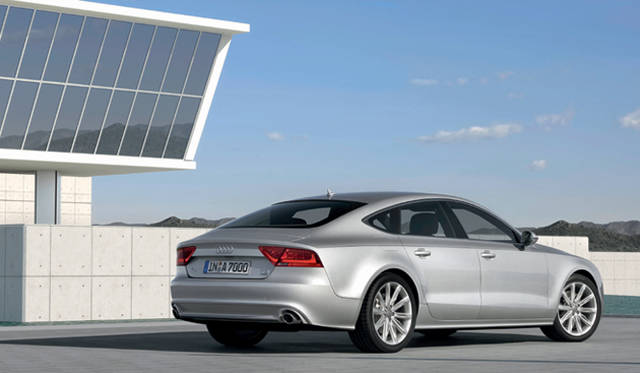 <b>Audi A7 Sportsback|アウディ A7 スポーツバック</b>