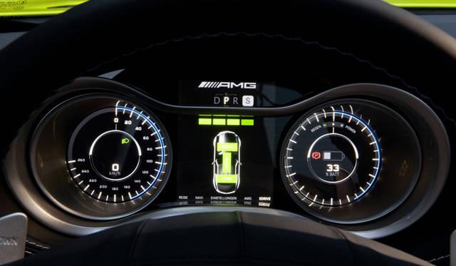 <b>Mercedes Benz|メルセデス SLS AMG<br></b>コンビネーションメーター全景