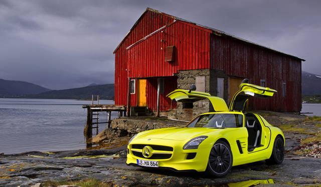 <b>Mercedes Benz|メルセデス SLS AMG<br></b>公道での試乗