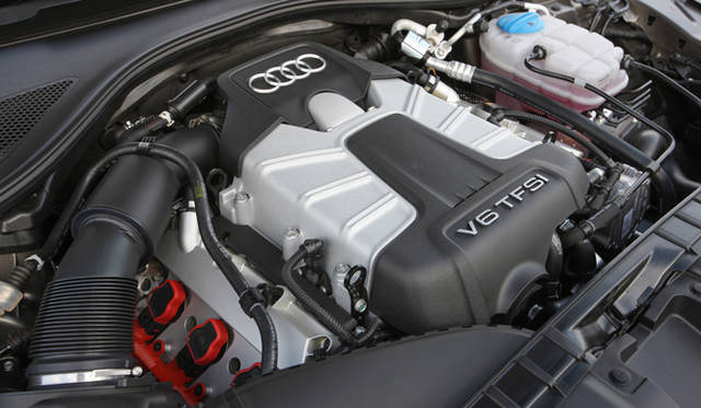 <strong>AUDI|アウディ A7 </strong><br>日本に導入される3リッター直噴ターボV6エンジンは、最高出力が220kW(300ps)