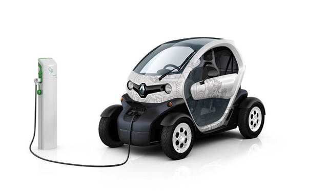 <strong>RENAULT TWIZY|ルノー トゥイージー</strong>