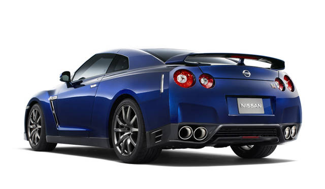 <strong>日産|NISSAN GT-R</strong>