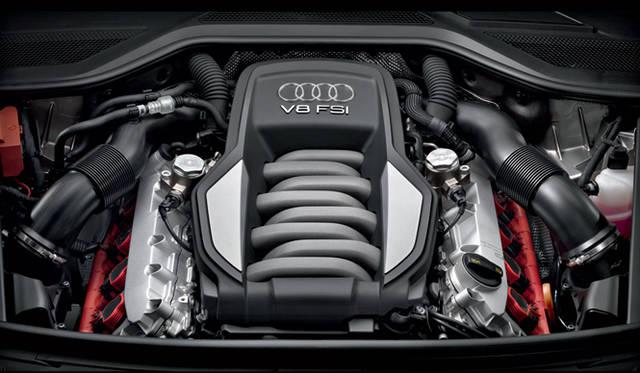 <strong>Audi A8|アウディ A8</strong> 4.2リッター V型8気筒DOHCエンジン