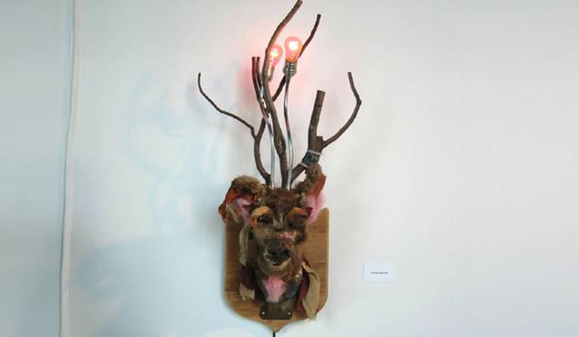 <strong>マシュー的、「Art Basel Miami 2010」レポート</strong> 動物トロフィー作品。