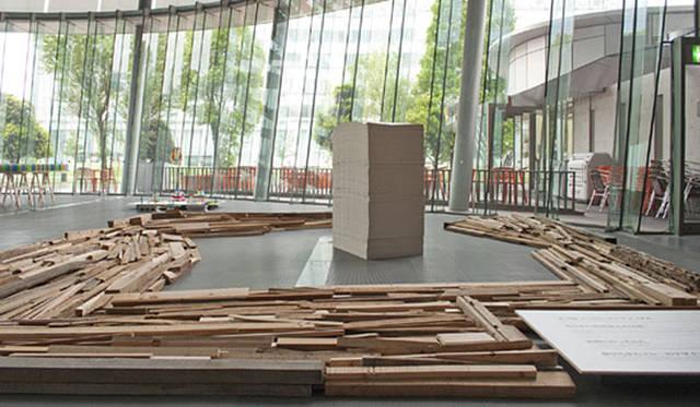 <strong>特集|OPENERS的ニッポンの女性建築家 成瀬友梨</strong> 「地球マテリアル会議」(2010年) Photo by Naruse Inokuma Architects