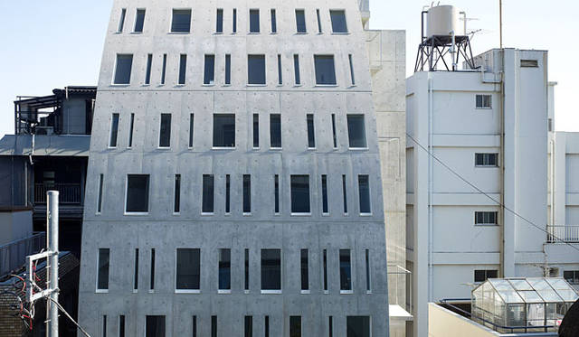 <strong>特集|OPENERS的ニッポンの女性建築家 永山祐子</strong> URBANPREM 南青山(2008年)