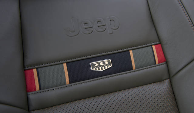<strong>JEEP 70th Anniversary Edition|ジープ 70th アニバーサリー エディション</strong> チェロキー
