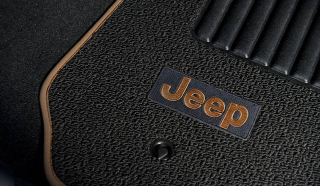 <strong>JEEP 70th Anniversary Edition|ジープ 70th アニバーサリー エディション</strong>