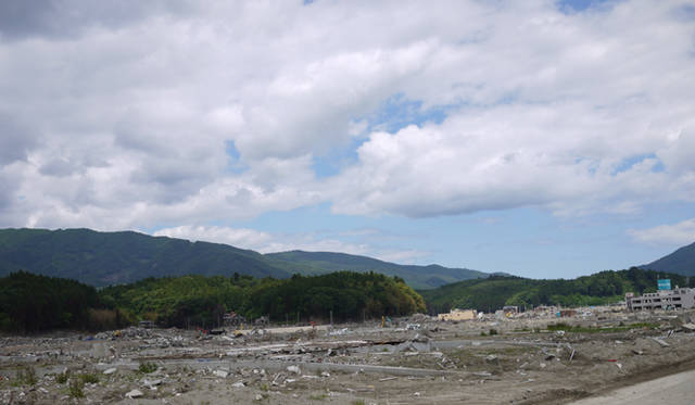 <strong>松浦俊夫|from TOKYO MOON 7月3日 ON AIR</strong> 岩手県・陸前高田市。ここが震災前が繁華街だったとは、とても想像できない。