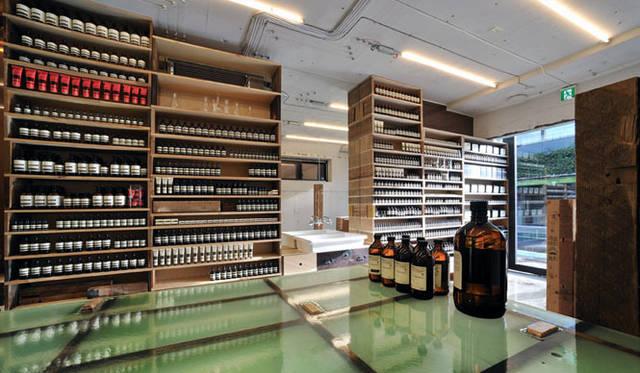<strong>特集|OPENERS的ニッポンの若手建築家 PARTII 長坂 常</strong> 『Aesop青山店』(2010年)写真=アレッシオ・グリアーノ