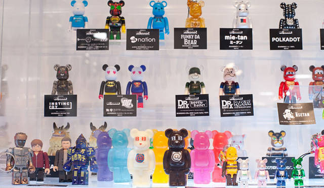 <strong>MEDICOM TOY|メディコム・トイ</strong> 「BE@RBRICK」新作