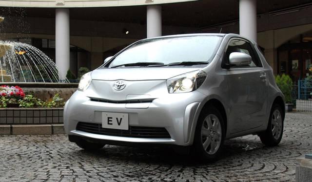 <strong>あたらしい時代づくりに取り組むひとと企業──トヨタ自動車編</strong> トヨタ iQをベースに製作された電気自動車「iQ EV コンセプト」。