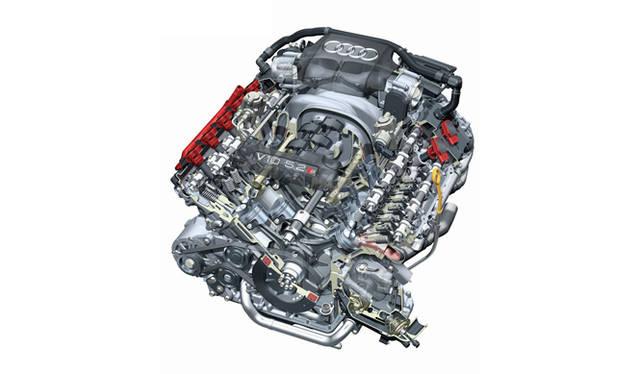 <strong>Audi S8|アウディ S8</strong> 先代に搭載されていた5.2リッターV型10気筒エンジン。