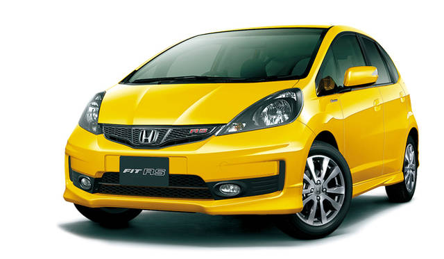 <strong>HONDA FIT RS・10th Anniversary ホンダ フィット RS・10th アニバーサリー</strong>