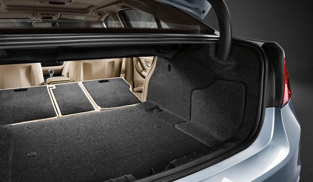 <strong>BMW 3Series|ビー・エム・ダブリュー 3シリーズ</strong> アクティブハイブリッド3