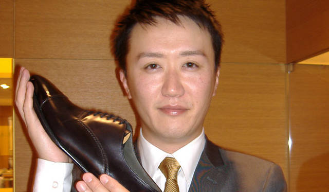 <strong>JOHN LOBB│ジョンロブ</strong> 名古屋松坂屋特選サロン本館2階 『名古屋松坂屋店』 武藤健史さん