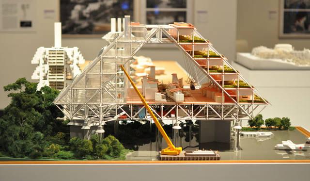<strong>「メタボリズムの未来都市:戦後日本・今甦る復興の夢とビジョン」展</strong> 「層構造モジュール 菊竹清訓」(1972年)