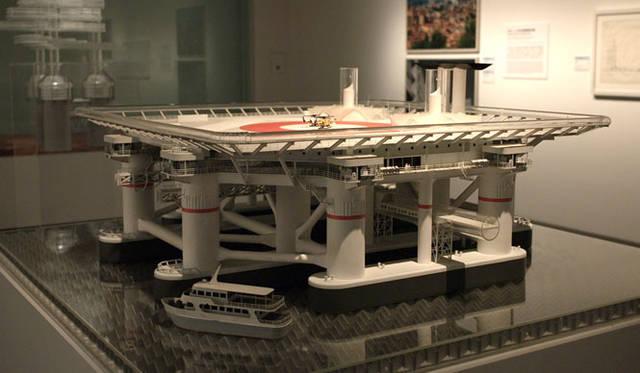 <strong>「メタボリズムの未来都市:戦後日本・今甦る復興の夢とビジョン」展</strong> 「海上都市&#8212;アクアポリス 菊竹清訓」(1975)