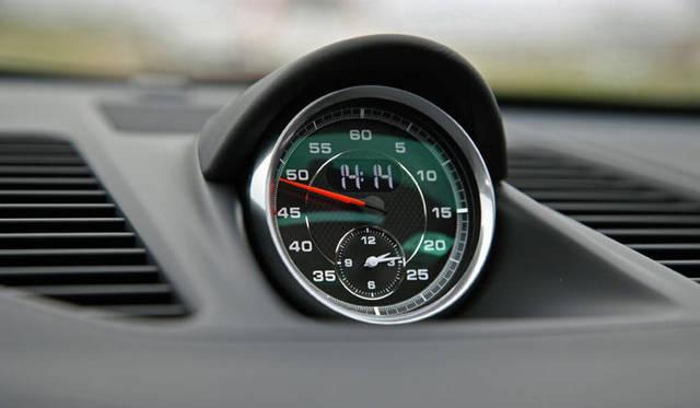 <strong>Porsche 911|ポルシェ 911</strong><br><br><#IMAGELINK_EX_(auto)_(CT_2_24454_15)_(/article/13226?num=1)_()_(ポルシェ 911特集|試乗速報─島下泰久篇)#><br><#IMAGELINK_EX_(auto)_(CT_2_24454_16)_(/article/13302?num=1)_()_(ポルシェ 911特集|試乗速報─渡辺敏史篇)#>