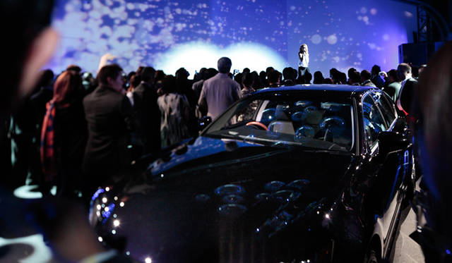 <strong>LEXUS GS|レクサス GS</strong> 「レクサス スピンドル ナイト」会場より。クリスタル・ケイさんによるシークレットライブがサプライズとして用意された