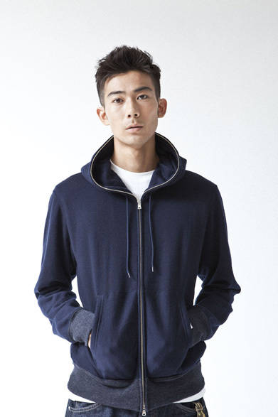 <strong>A BATHING APE&reg;|ア・ベイシング・エイプ&reg;</strong>  A BATHING APE&reg; 2012年春夏メンズコレクション<br>ALASHAN CASHMERE FULL ZIP HOODIE