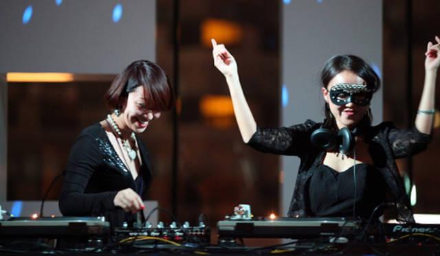 <strong>The Beetle Presents Tokyo Crossover/Jazz Festival|ザ・ビートル・プレゼンツ 東京クロスオーバー・ジャズ・フェスティバル</strong> DJ 33 Queen & Yukari BB