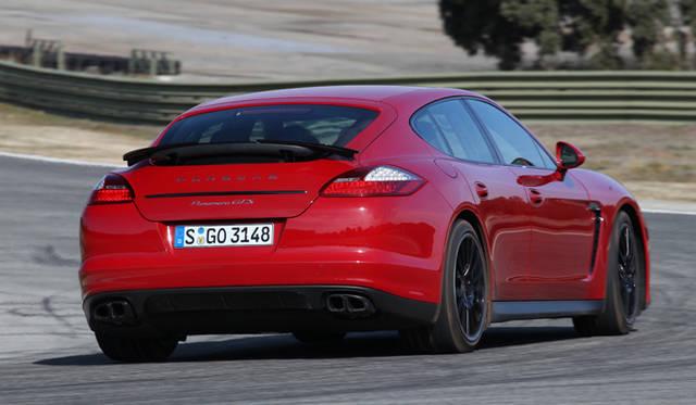 <strong>Porsche Panamera GTS|ポルシェ パナメーラ GTS</strong>