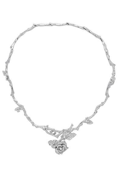 <strong>Dior fine jewelry|ディオール ファイン ジュエリー</strong> 「La Rose Dior Bagatelle(ローズ ディオール バガテル)」 ネックレス 1207万5000円<br /><br />クリスチャン ディオール<br />Tel. 03-3263-2266