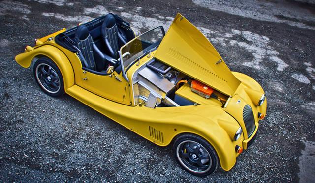 <strong>Morgan Motor Company Plus E|モーガン モーター カンパニー プラスE</strong>