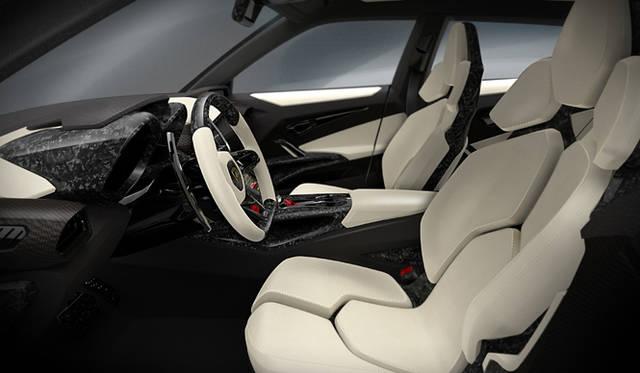 <strong>Lamborghini Urus|ランボルギーニ ウルス</strong>