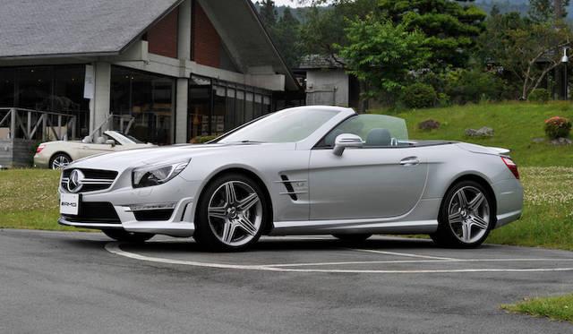<strong>Mercedes-Benz SL63AMG|メルセデス・ベンツSL63AMG</strong><br />SL63AMGも試乗会場に参考展示されていた
