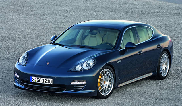 <strong>PORSCHE Panamera|ポルシェ パナメーラ</strong>