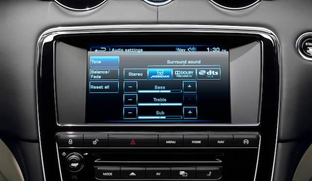 <strong>Jaguar XJ XF|ジャガー XJ XF</strong>