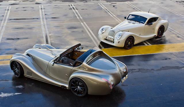 <strong>Morgan Aero Super Sports|モーガン エアロスーパースポーツ</strong><br />2000年に登場 モーガン64年ぶりの新設計スポーツカーでこのモデルにおいてもボディフレームの一部に木がつかわれている