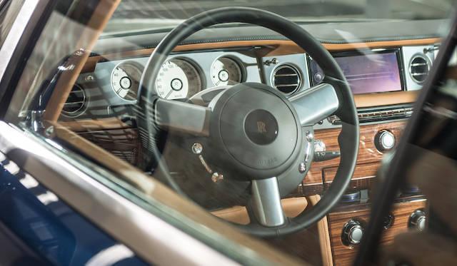 <strong>Rolls-Royce Phantom SeriesII Drop Head Coupe|ロールス・ロイス ファントム シリーズII ドロップヘッドクーペ</strong>