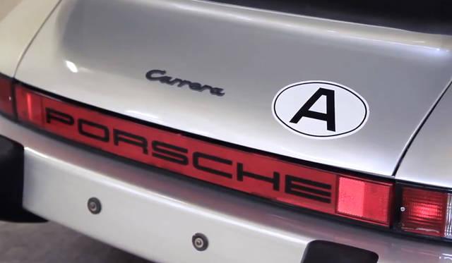 <strong>Porshce Museum Secrets|ポルシェ ミュージアム シークレッツ</strong> ポルシェ 911 ターボの第1号車 バッヂはTurboではなくCarrera