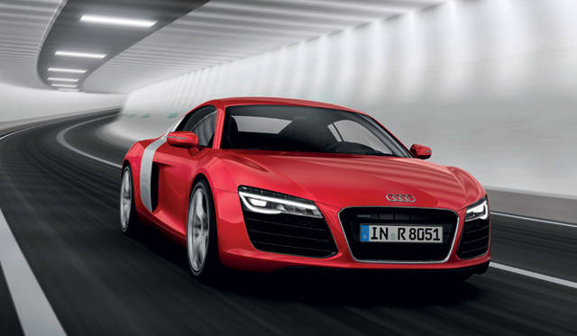 <strong>Audi R8 |アウディ R8</strong>