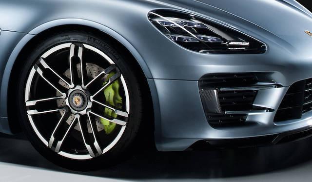 <strong>Porsche Panamera Sport Tourismo|ポルシェ パナメーラ スポーツツーリスモ</strong>