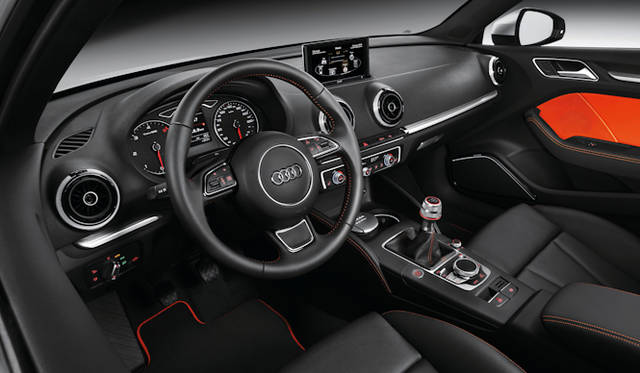 <strong>Audi A3 Sportback|アウディ A3 スポーツバック</strong>