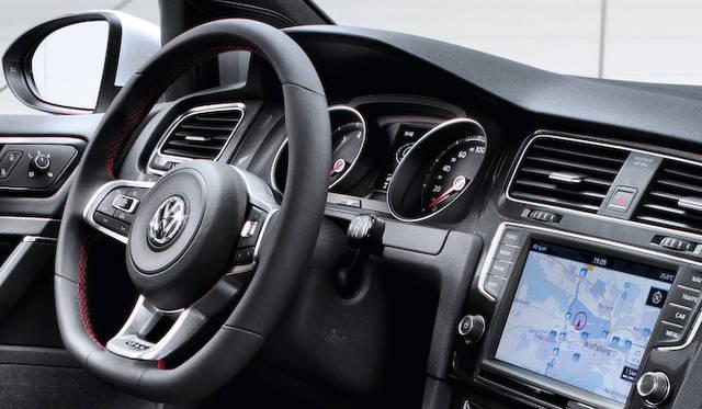 <strong>Volkswagen Golf Blue GTI フォルクスワーゲン ゴルフ GTI</strong>